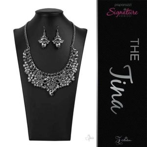 Zi collection necklace & matching earrings